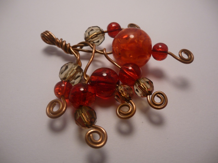 delicious-summer-berries-necklace