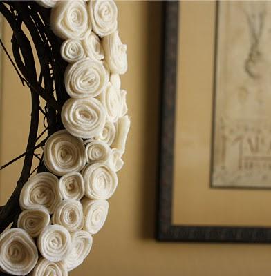 Felt Roses Wreath Tutorial