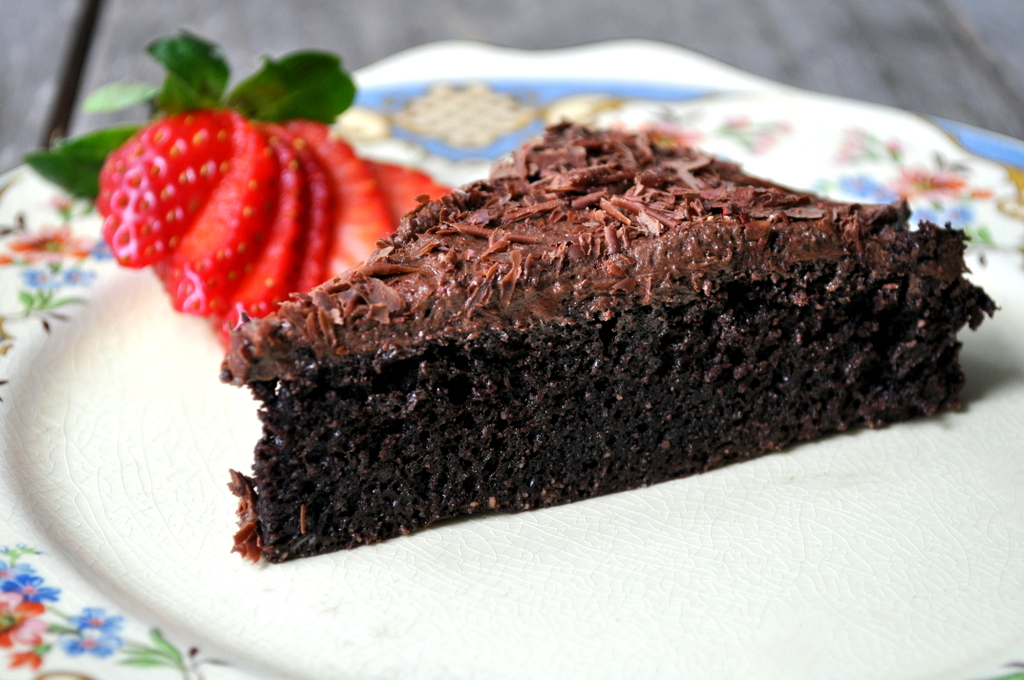 flourless chocolate cake recipe with ghee buttercream frosting and a
