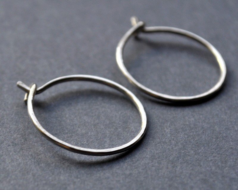 Tiny Hoop Earrings (1)