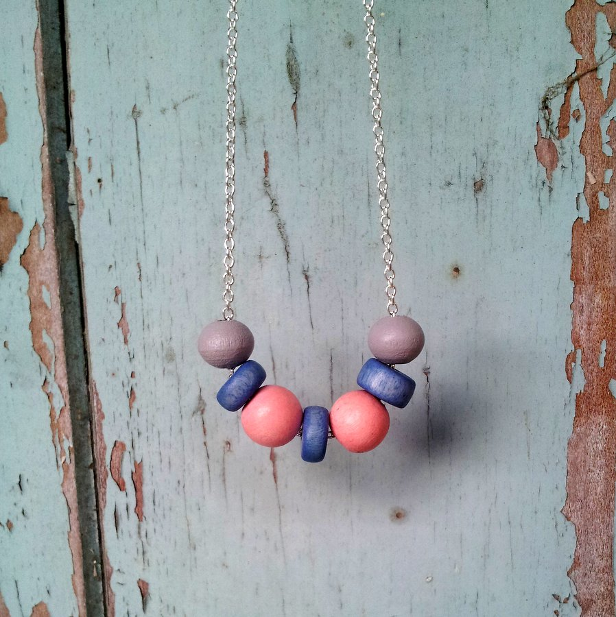 Pastel Blue and Pink Necklace (5)